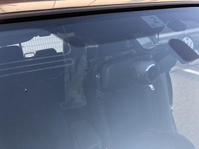 ドライブレコーダー フロントガラス